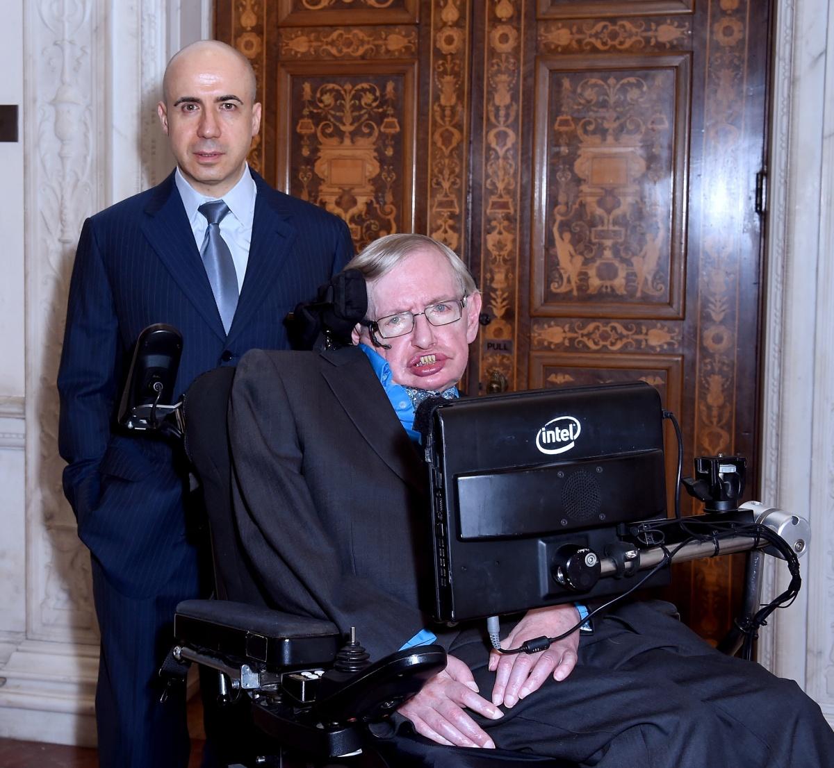 Stephen Hawking Yuri Milner.