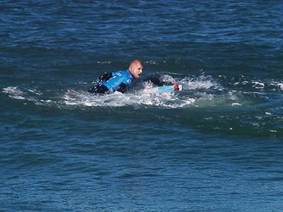 SURFING MICK FANNING SHARK ATTACK SOUTH AFRICA