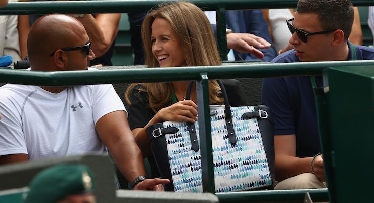 Kim Murray and her $2000 handbag. Photo: Getty