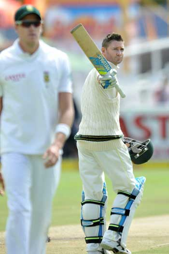 An old Pup survived some torrid bowling from Morne Morkel to lead Australia to victory against the world's No.1 side. Photo: Getty