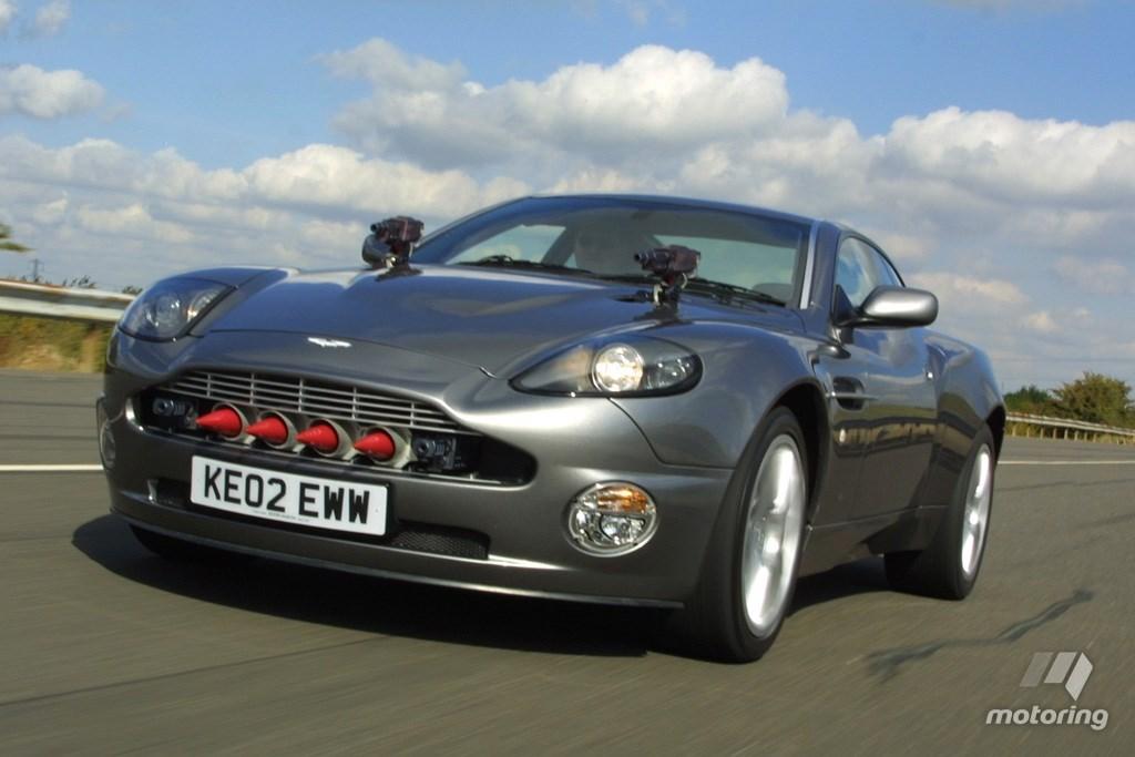 Aston Martin James Bond.