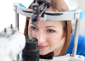 Regular checkups can catch 'invisible' problems. Photo: Shutterstock