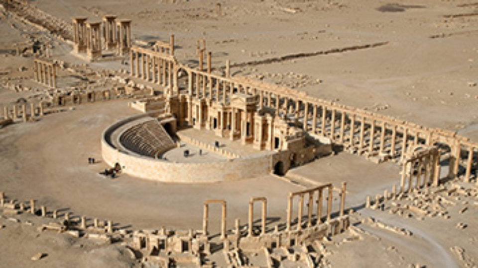 IS destroys part of Palmyra's Roman amphitheater