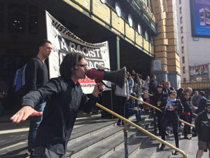 Protestors rallied to express concern at law enforcement agencies patrolling the Melbourne CBD. Photo: Twitter