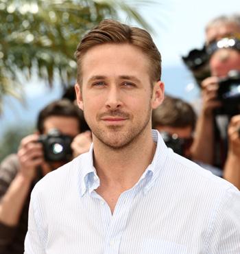 Ryan Gosling wears the 'scruffy' beard so well that men want to look like him.
