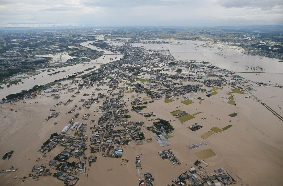 japan-flood5