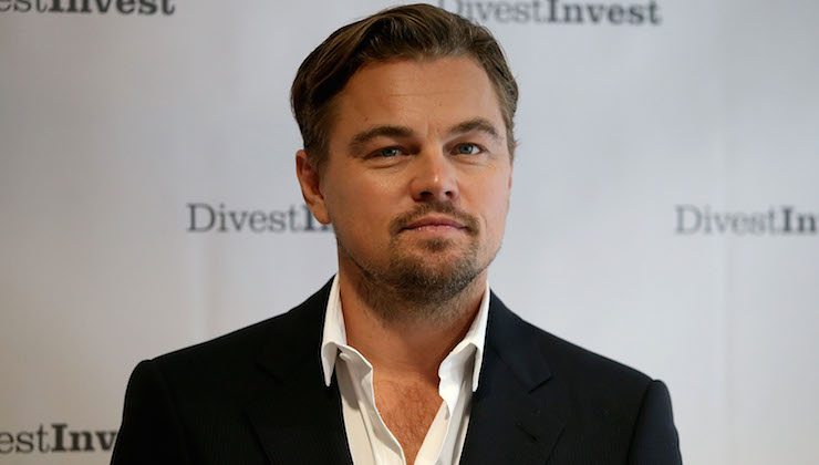 NEW YORK, NY - SEPTEMBER 22: Actor Leonardo DiCaprio poses for a photo following a Divest-Invest new conference on September 22, 2015 in New York City. Leonardo DiCaprio joined leaders from the financial, faith and environmental spaces to announce major new divestment commitments and release a comprehensive data of assets divested to date. The group also announced commitments to also invest in clean energy alternatives. (Photo by Justin Sullivan/Getty Images)