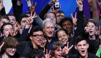 If the early glitches are any indication, iOS 9 is popular. Photo: Getty