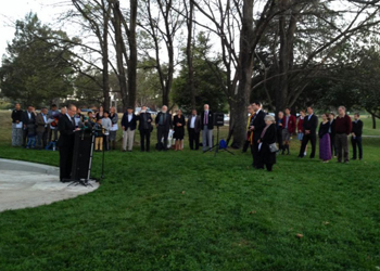 Families gathered at the new War Correspondents Memorial in Canberra. Photo: ABC / Twitter
