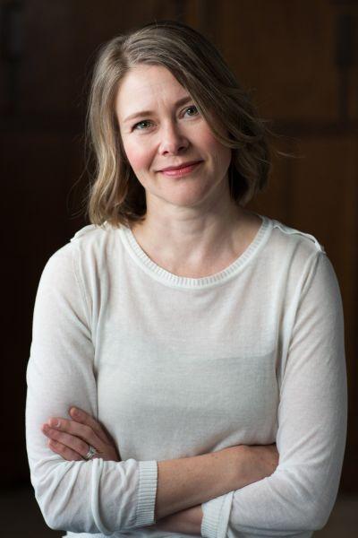 Larissa Dubecki