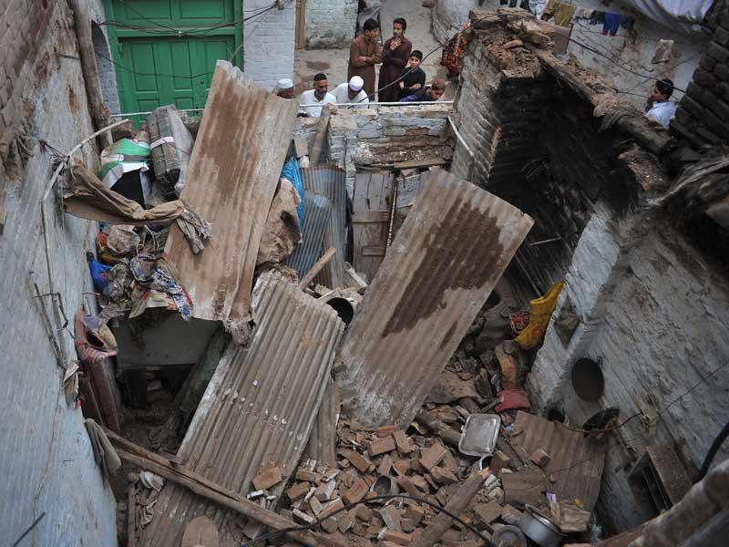 Asian Quake 106