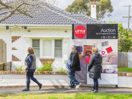Sydney auction clearance rates hit a three-year low this weekend.