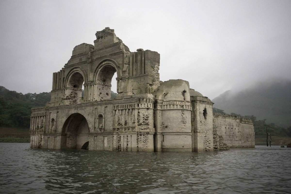 mexican-lake-temple-tnd