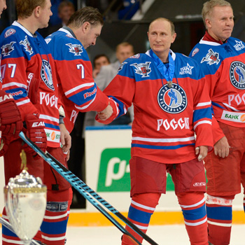vladimir putin ice hockey