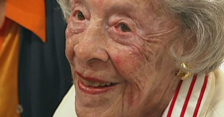 Acclaimed Portrait Painter Judy Cassab Dies Aged 95 The
