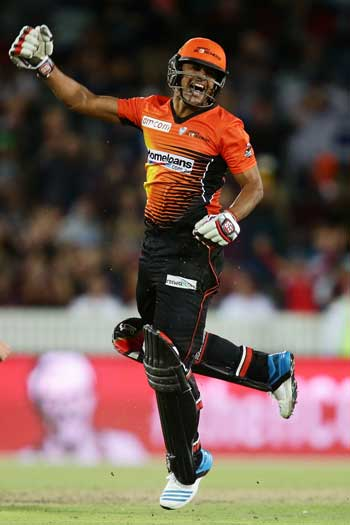 The Big Bash League commands an increasingly large slice of the summer cricket pie. Photo: Getty