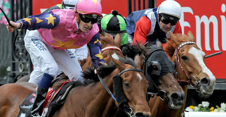 We bring you all the action as it happens live from Flemington Racecourse.