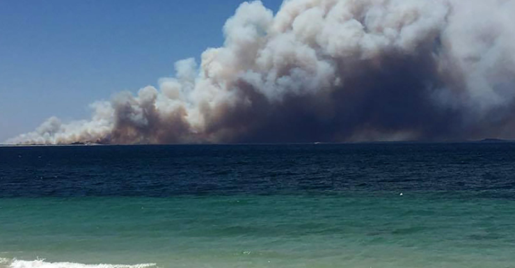 esperance bushfire on coast