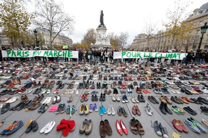 paris shoes protest