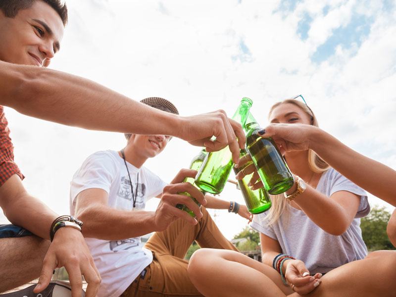 why shouldn't teenagers drink alcohol So if alcohol is a natural product, why do teens need to be concerned about drinking for example — alcohol seems harmless to many teens why shouldn't i drink.