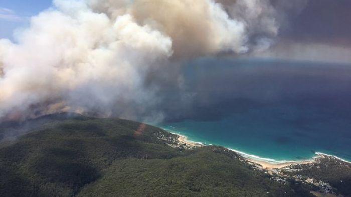 Fire burns near Wye River