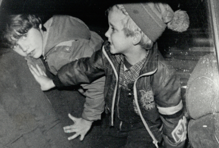 Justin (left) and his brother Michel in the back of their father's car in 1979. Photo: Getty