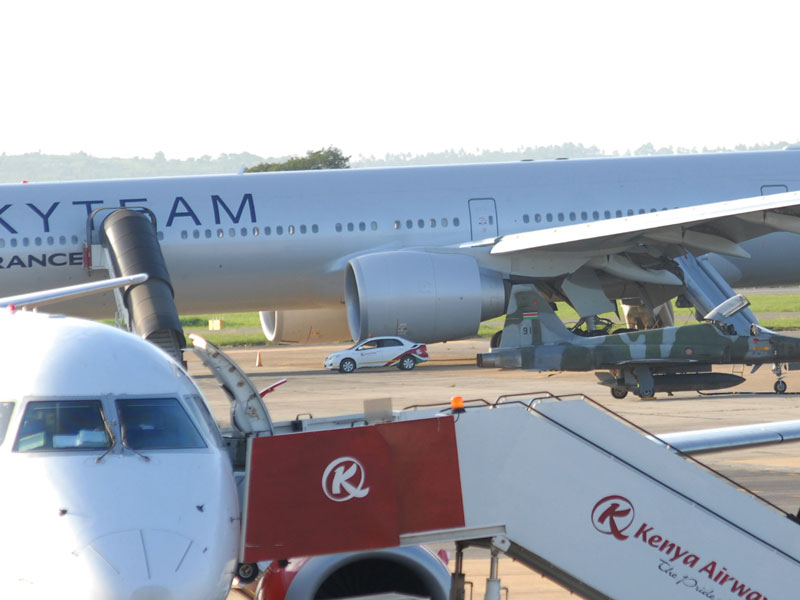 air france bomb scare