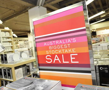 Early birds will nab cheaper worms when Myer opens at 5am. Photo: AAP