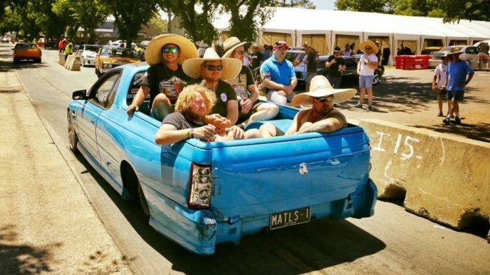 A man has died after falling off the back of a ute at Summernats 30 in Canberra.