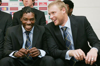 Chris Gayle and Andrew Flintoff in happier times. Photo: Getty