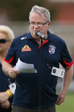 Bulldogs chairman Peter Gordon wants to have Stewart Crameri at his club's disposal. Photo: Getty