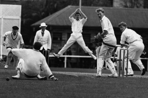 The author gets as excited as Barry Davis nicks one, but the catch wasn't taken. Photo: supplied
