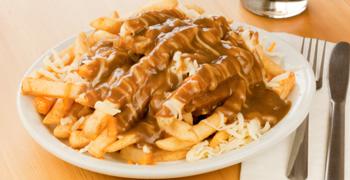 chips gravy poutine
