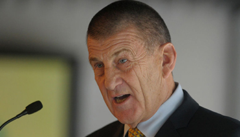 Former Victorian Premier Jeff Kennett says the two should look to working together.