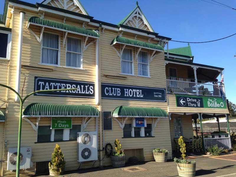 tatts hotel