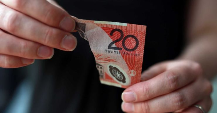 There are 1.3 billion notes in circulation in Australia.