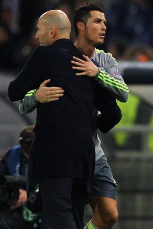 Ronaldo and his new boss, Real Madrid coach Zinedine Zidane. Photo: Getty