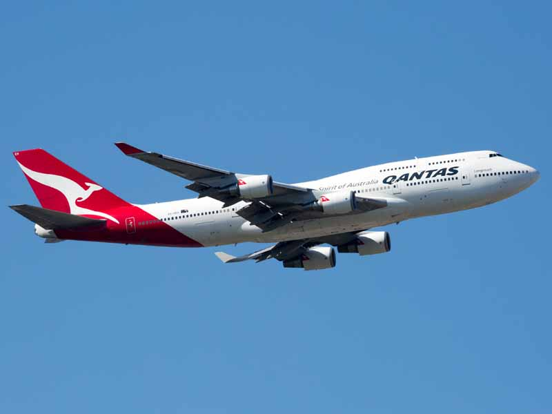 Two Qantas aircraft ended up 20 seconds from collision.