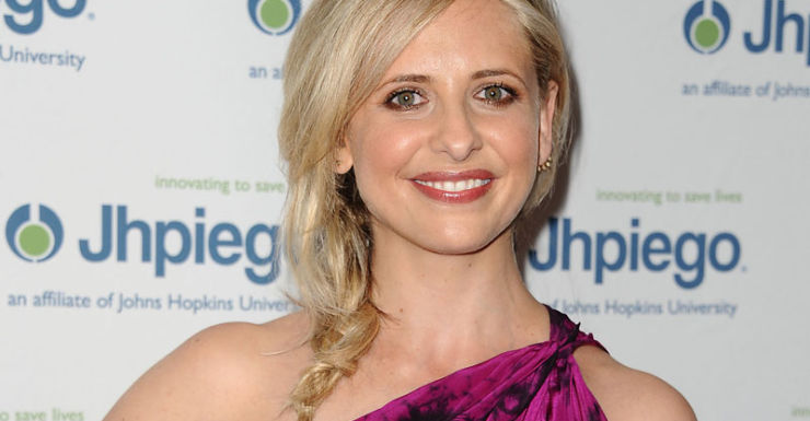 Sarah Michelle Geller is reportedly in talks with about making a comeback.