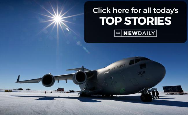 top-stories-plane