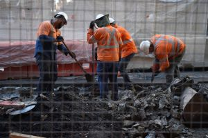 Building workers are more productive. Photo:AAP
