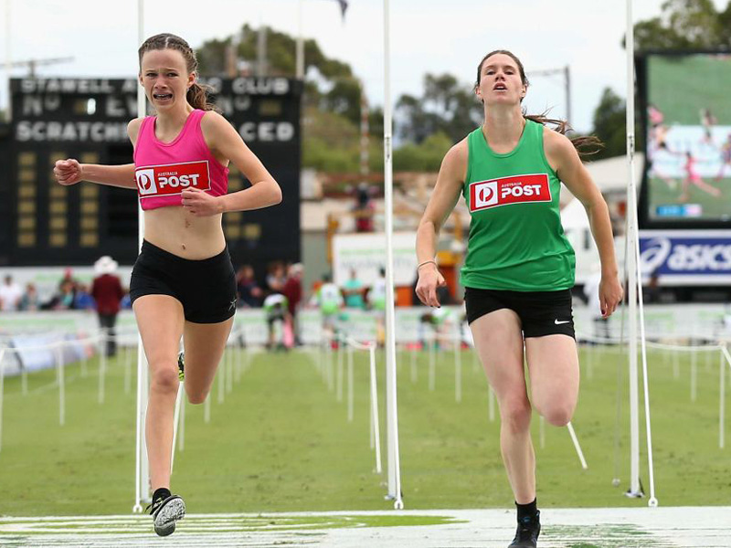 The stawell gift win compared to an old fashioned sting the talia martin pink wins the womens 120 metre stawell gift final negle Image collections