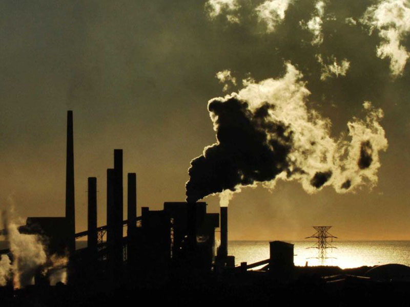 Under Labor's plan, companies emitting carbon over a certain level will need to pay a penalty.