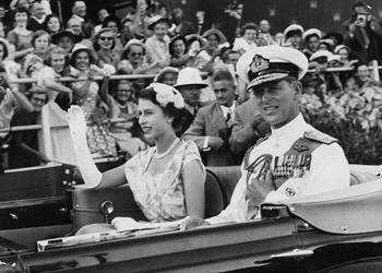 queen australia 1954