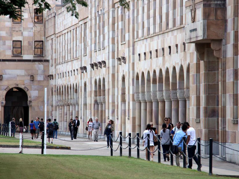 Students currently pay just more than 40 per cent of uni fees.