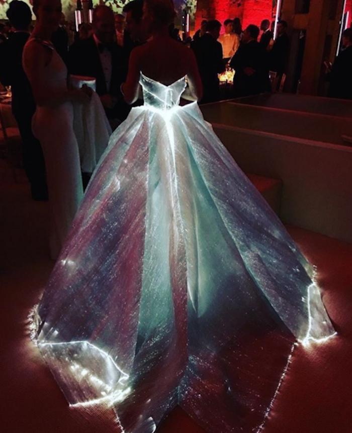 claire danes light up dress