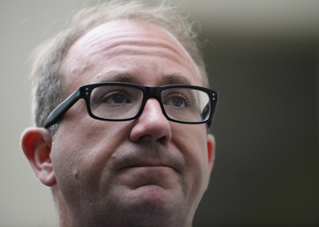 Labor MP David Feeney claimed travel allowance on his wife's apartment.