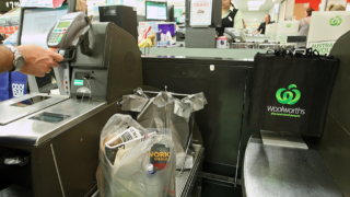 Woolies shoppers will get more, and faster, self-service pods.