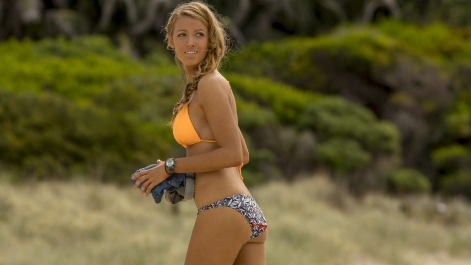 6057326f01 The Shallows  Blake Lively s new shark movie is better than it looks