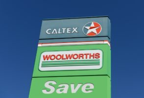 Woolworths may offload its 530 petrol stations to Caltex.